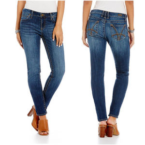 KUT from the Kloth   Blue Diana Skinny Jeans C6